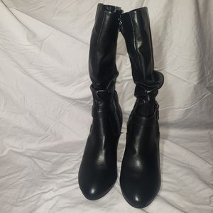 Croft Barrow black boots